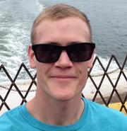 Kilian sparte beim Sonnenbrillen-Onlinekauf mit InternetOptiker.de