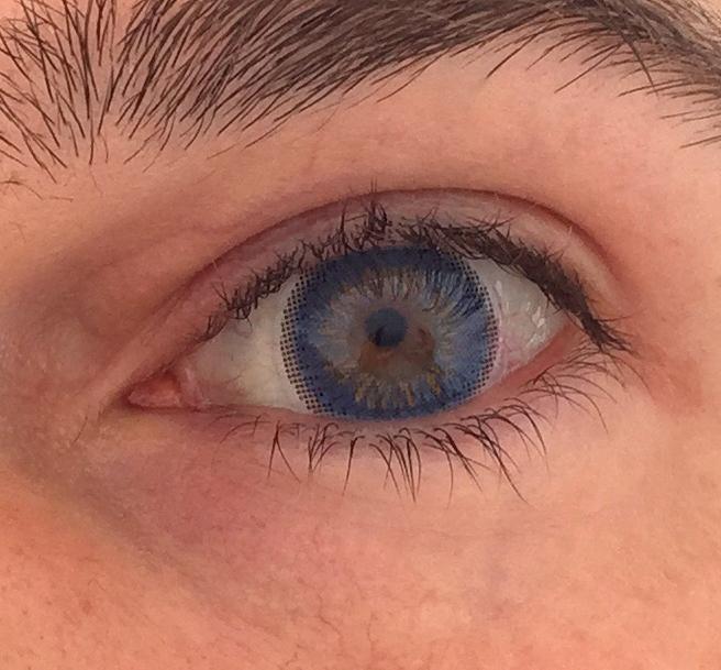 Blaue ColorLook Style im Auge