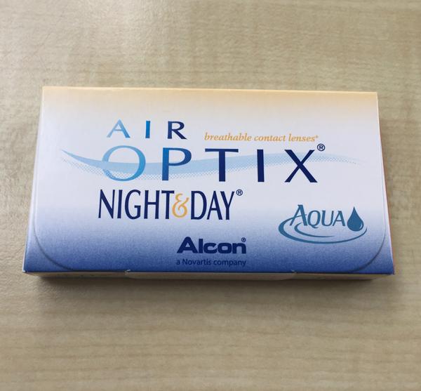 Die Verpackung der Air Optix Day & Night Aqua
